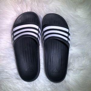 Adidas sandals | Kids size 3